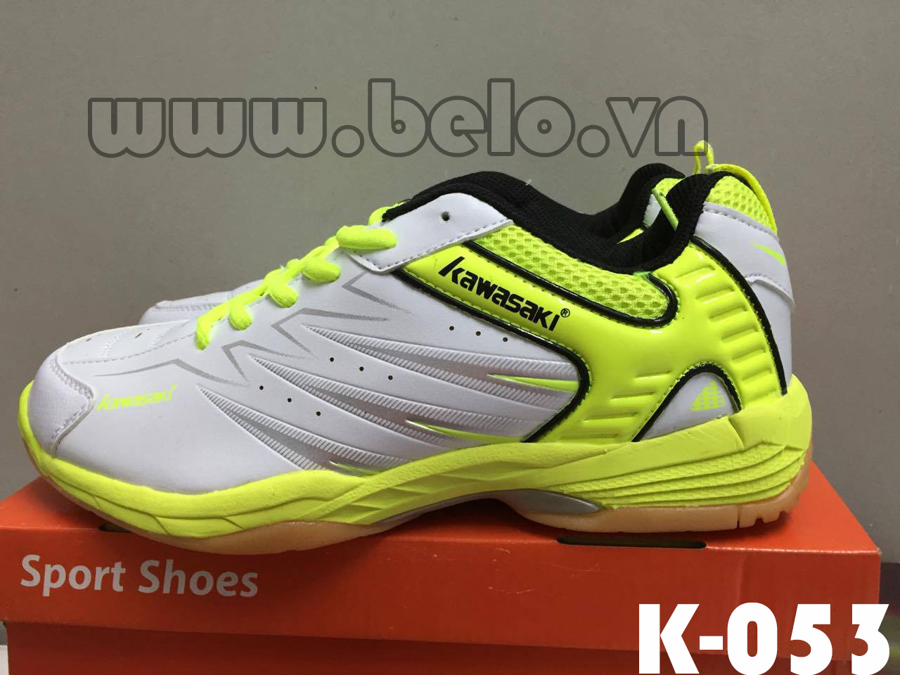 Giày bóng chuyền Kawasaki K-053 trắng pha vàng
